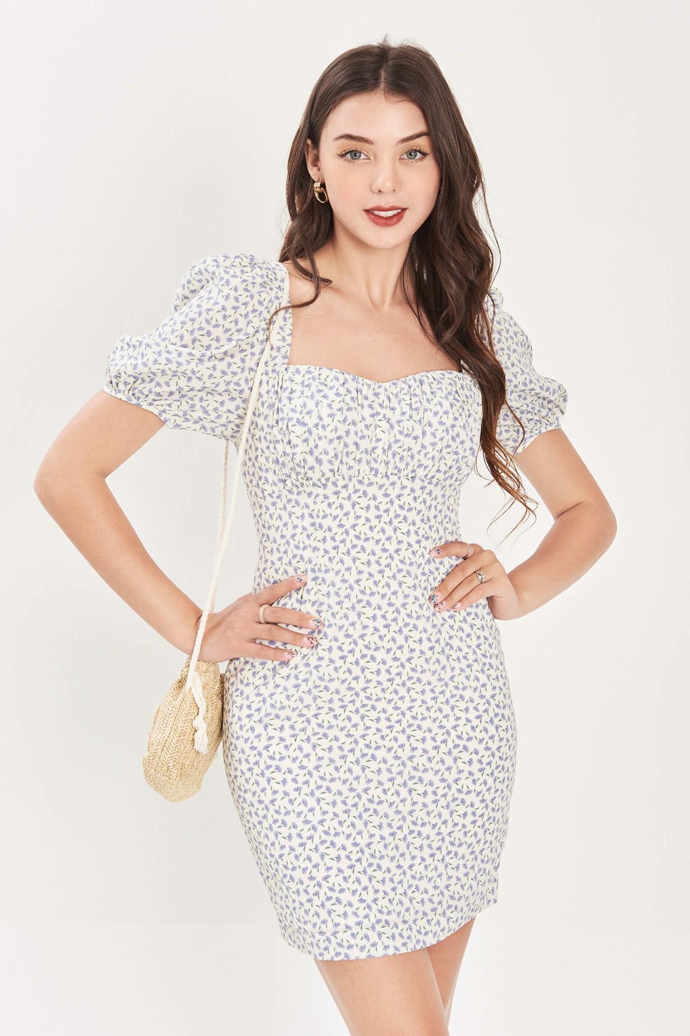 Đầm form mini nhún ngực cổ vuông