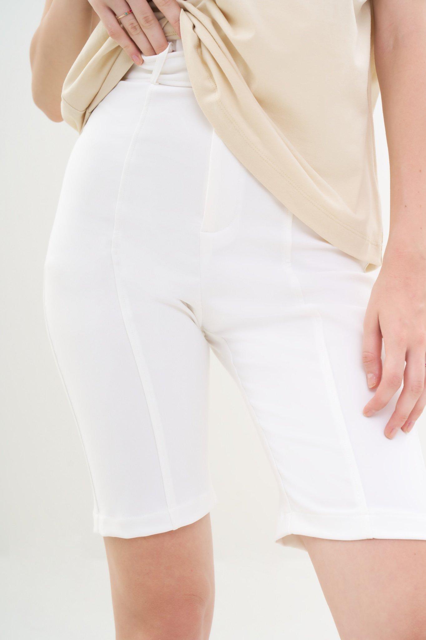 Quần short lưng cao kèm nịt
