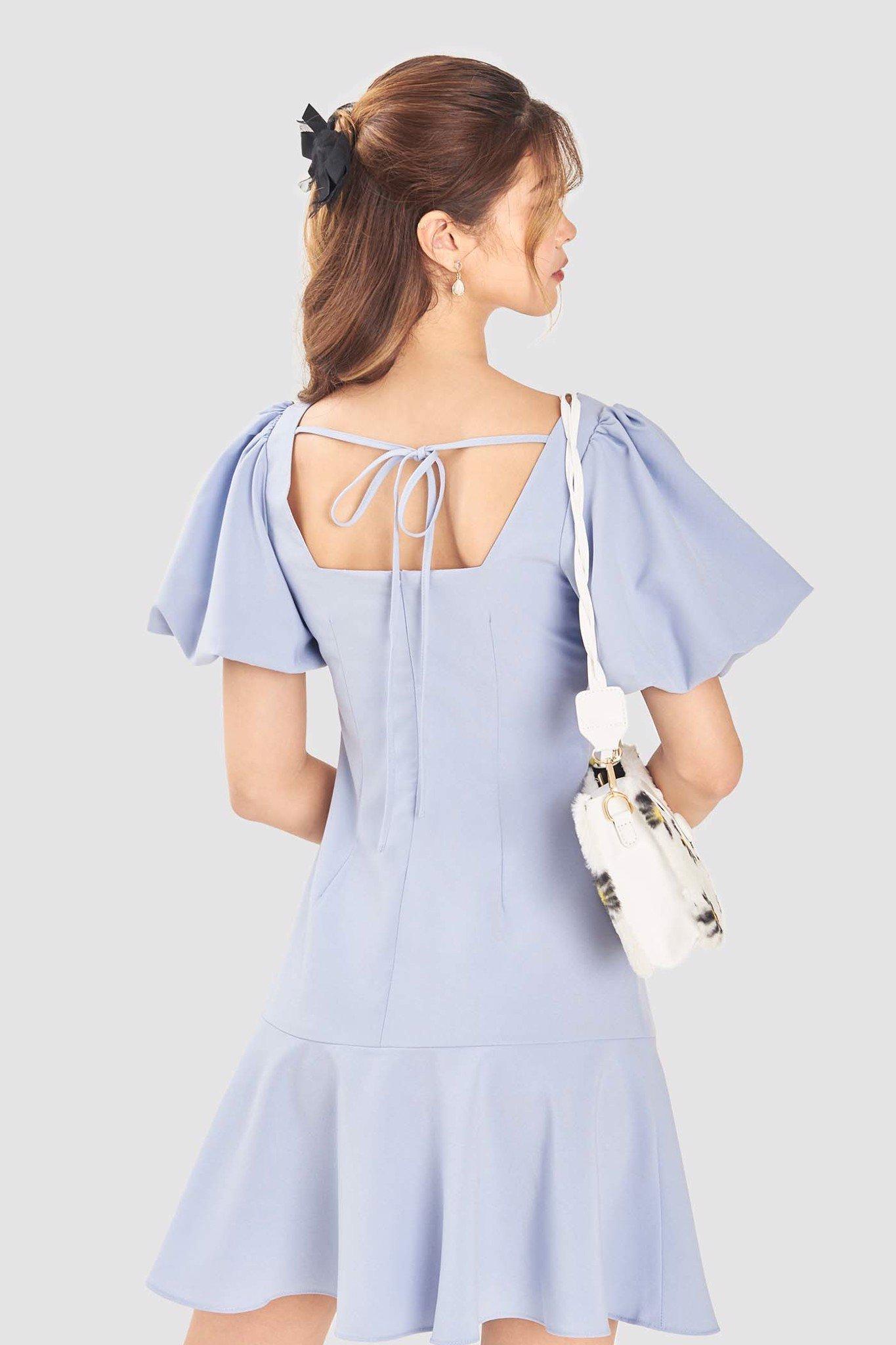 Đầm tay phồng cổ vuông hạ eo