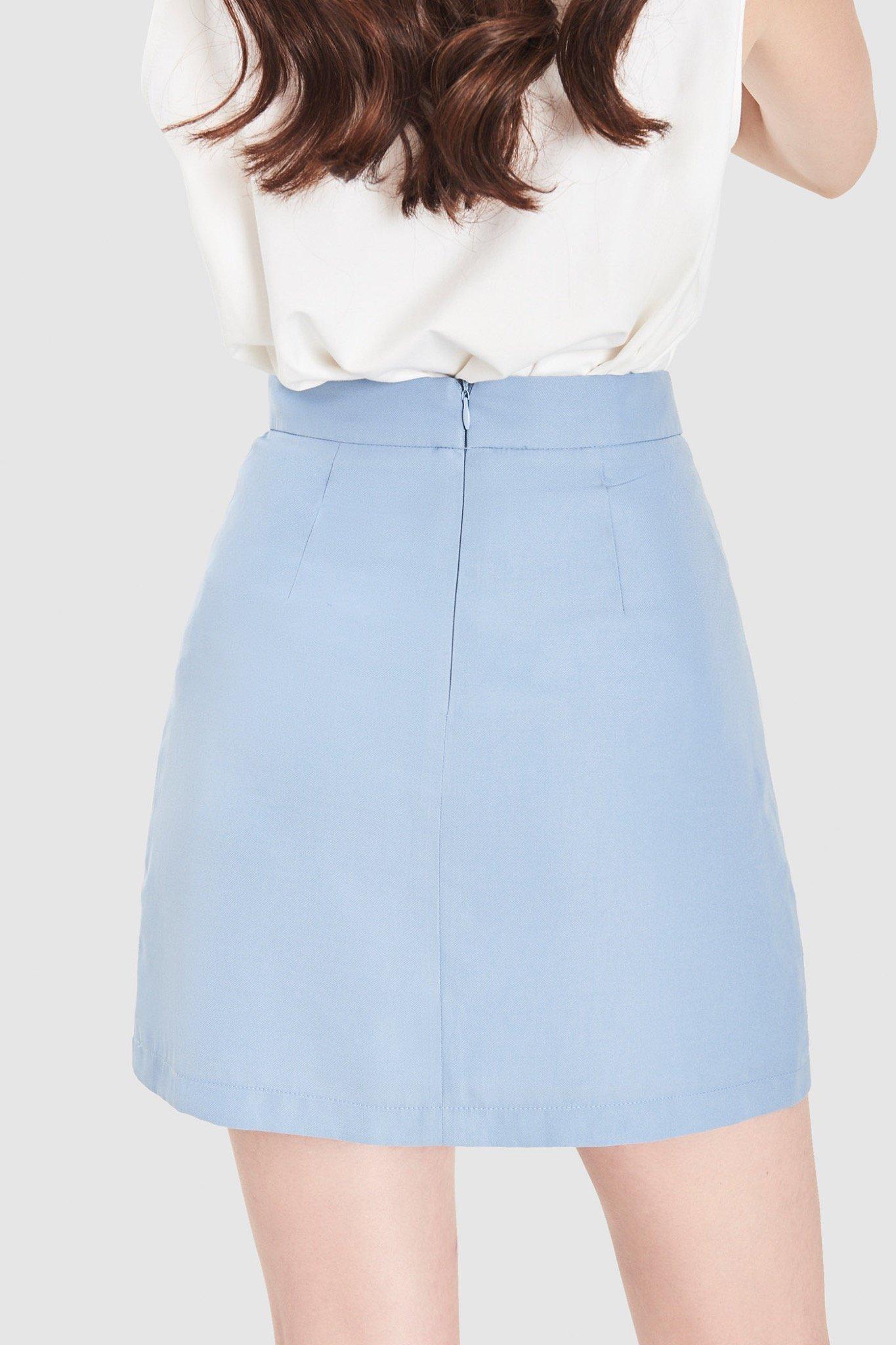 Váy mini túi trước nhấn hàng nút