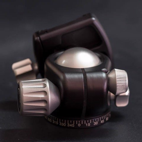 X4 Low Profile Ballhead