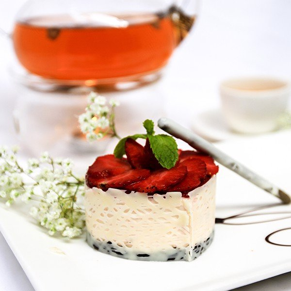 Bánh Mousse Dâu - Strawberry mousse Cake