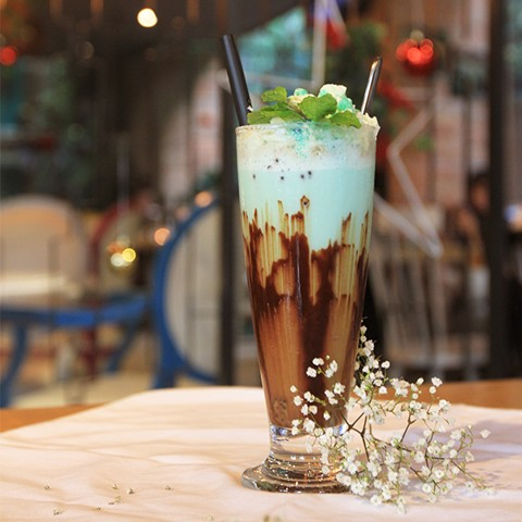Chocolate Mint Shake