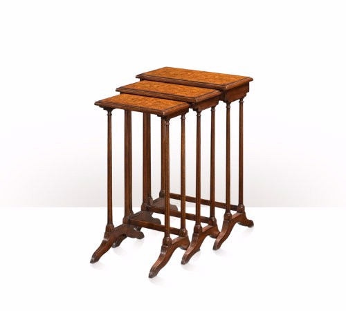 5005-534 Table - Bàn A nest of three acacia and poplar burl veneered tables