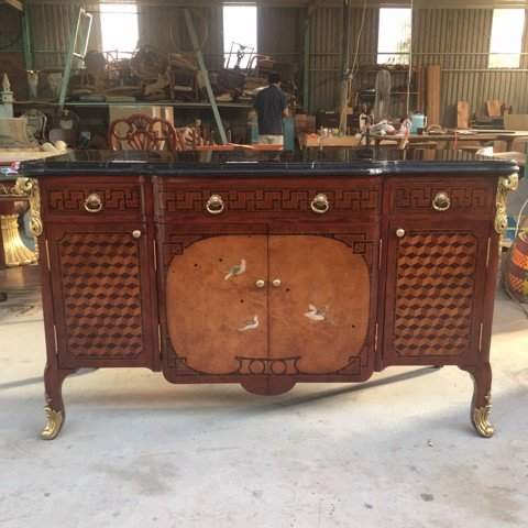 King's Aviary Decorative Chest - Console