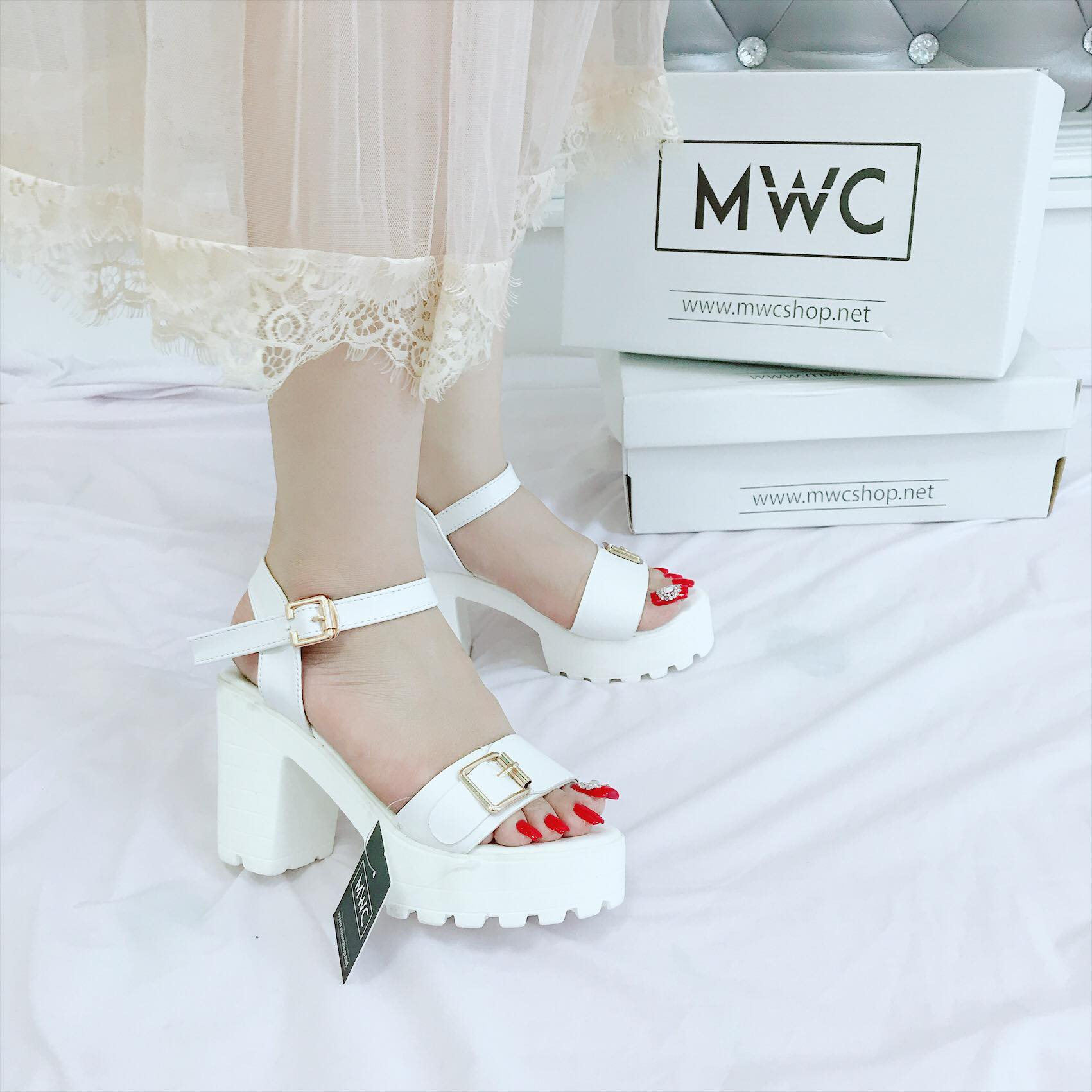 Giày cao gót MWC NUCG- 3672 - TRẮNG