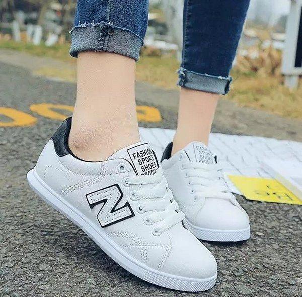 .Giày thể thao nữ MWC NUTT- 0018 - ĐEN