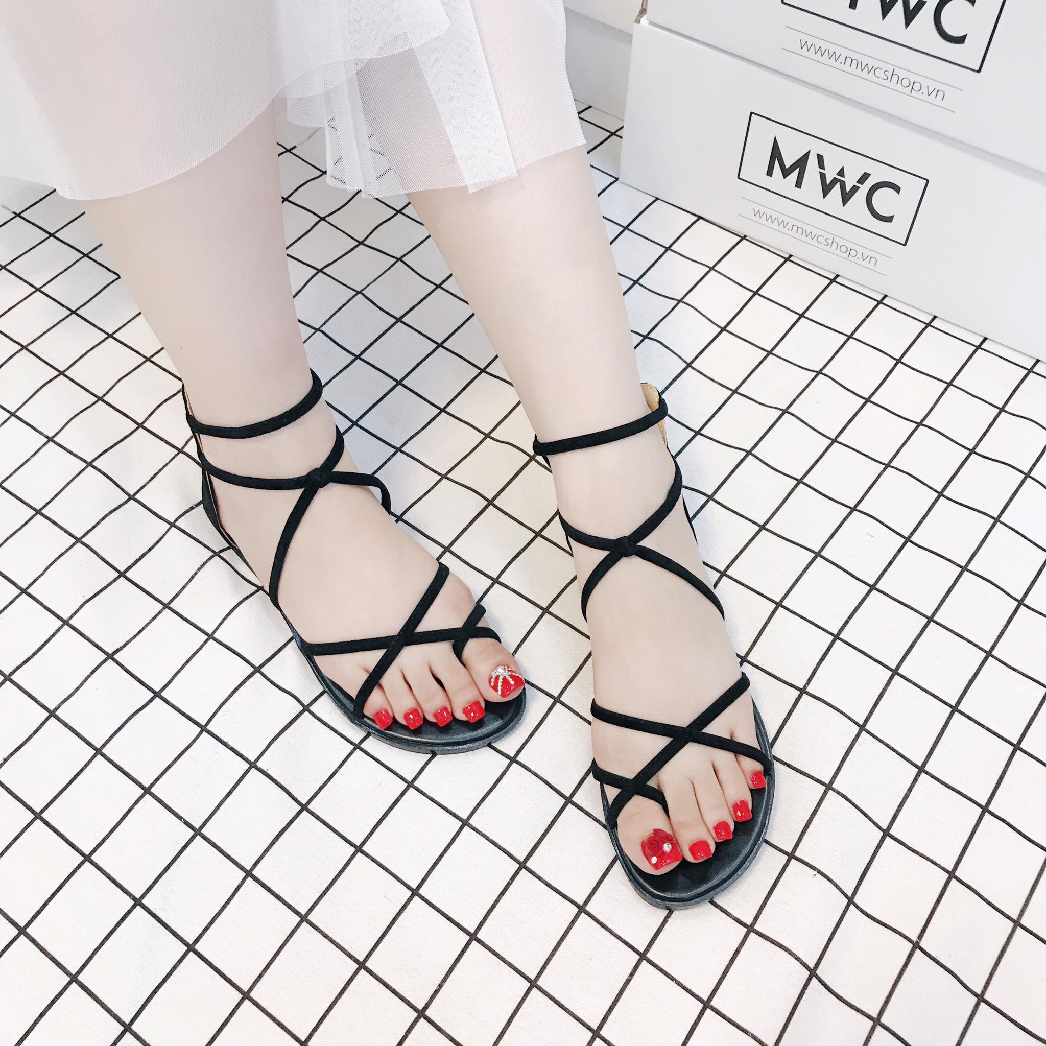Giày sandal nữ MWC NUSD- 2524 - ĐEN