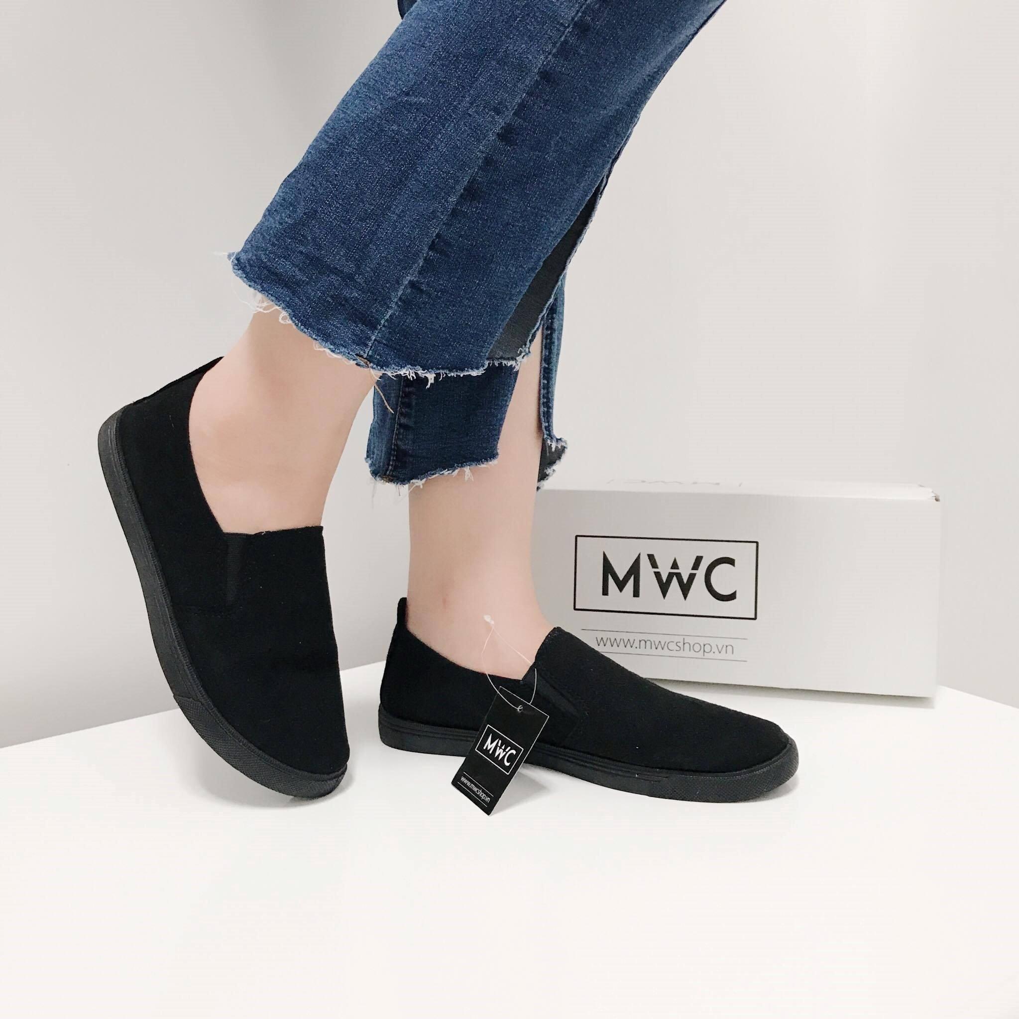 .Giày Slipon nữ MWC NUSL- 1501 - ĐEN