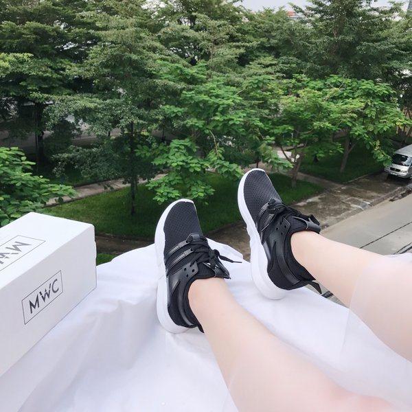 .Giày thể thao nữ MWC NUTT- 0004 - ĐEN