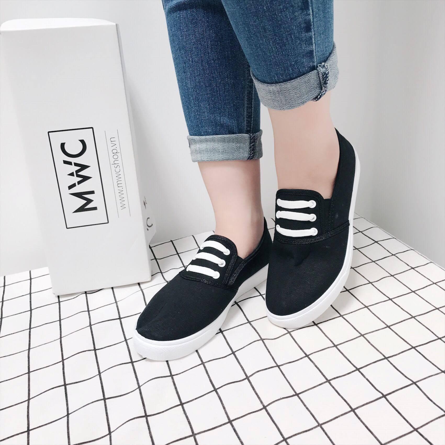 .Giày Slipon nữ MWC NUSL- 1514 - ĐEN