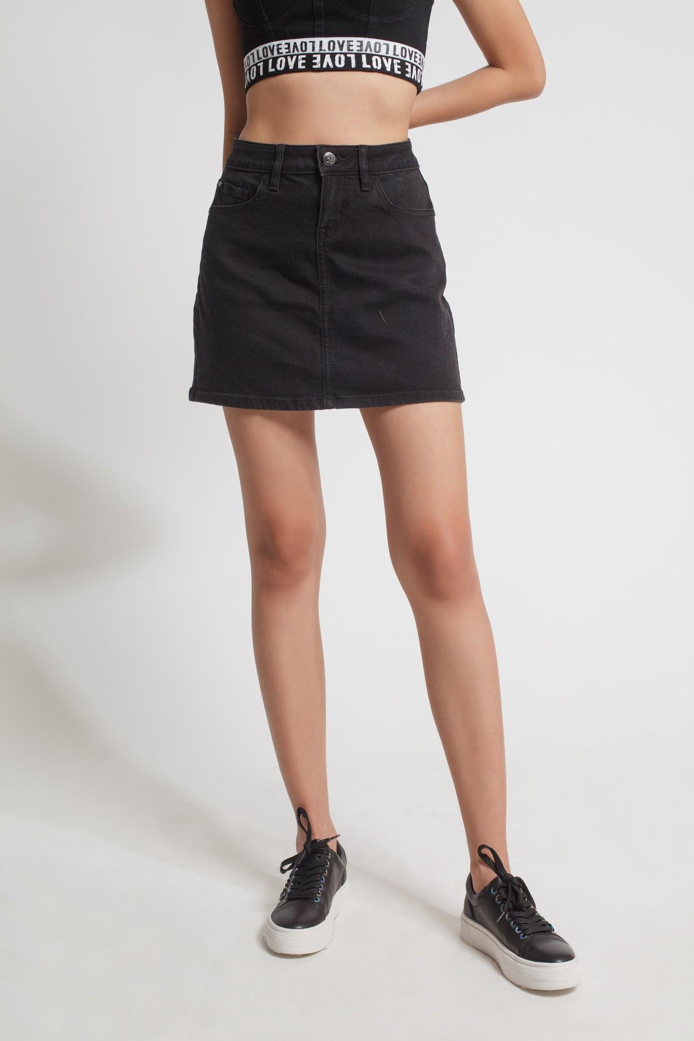Chân váy nữ thời trang V-SIXTYFOUR (0418WD2111C1)