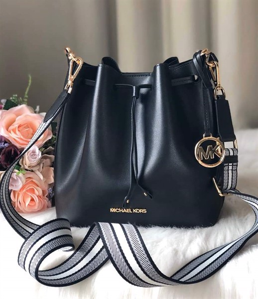 Túi MICHAEL KORS Eden Medium Bucket, Black