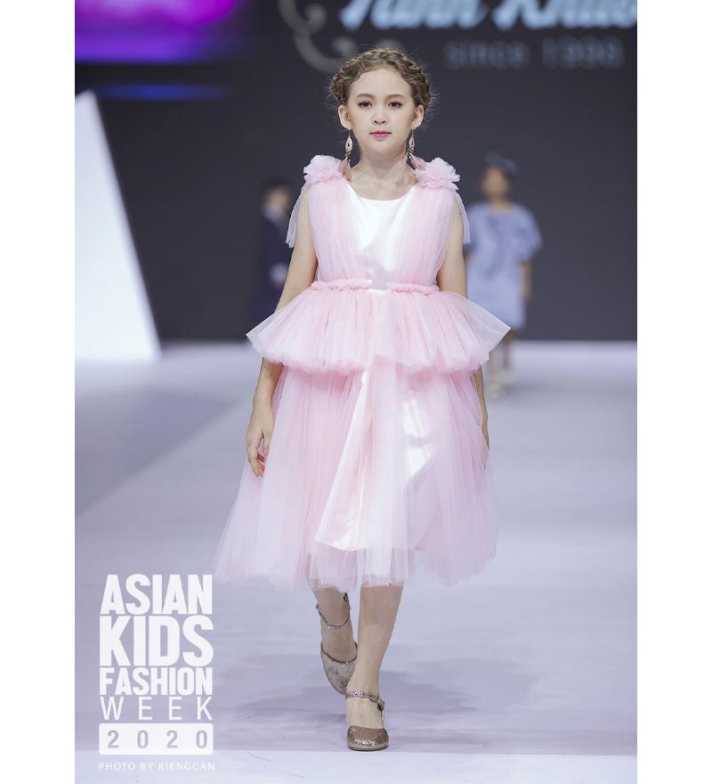 Đầm ren hồng