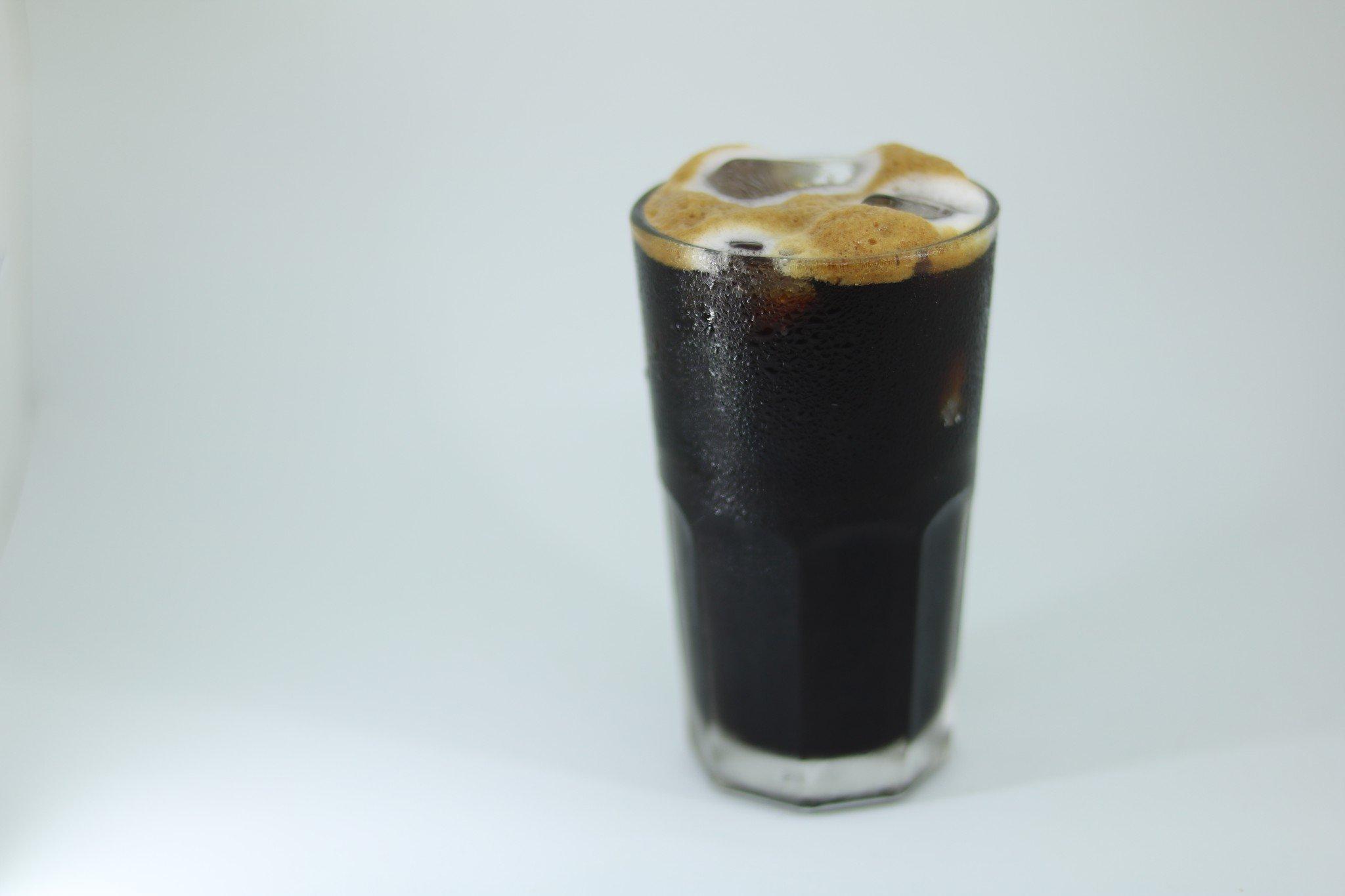 1. Cà phê đen đá