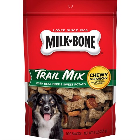 Milk-Bone Trail Mix with Real Beef & Sweet Potato Chewy & Crunchy Dog Treats 225g (9oz)