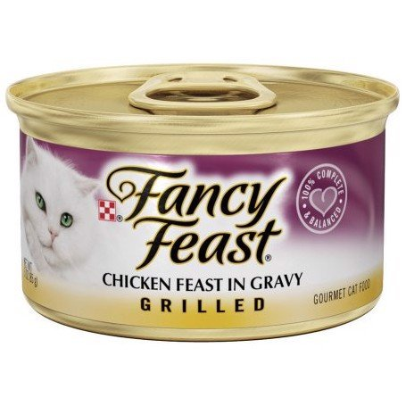 Fancy Feast Grilled Chicken in gravy