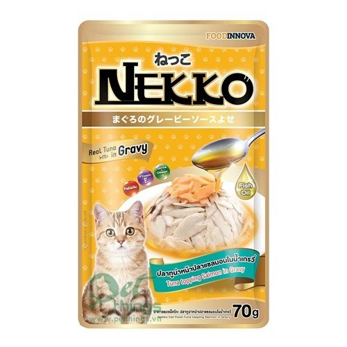 Nekko Tuna topping Salmon in gravy 70g