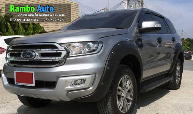 Cua lốp theo xe Ford Explorer 2016-2018