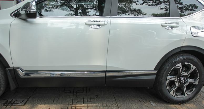 Ốp nẹp sườn xe Honda Crv 2018