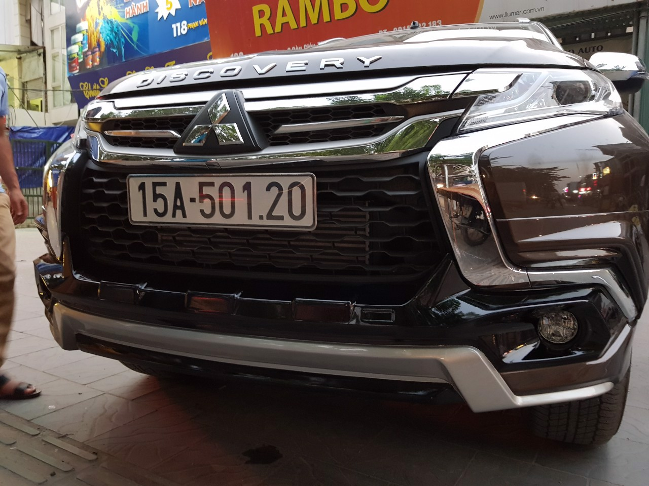 Body kit xe Pajero Sport 2019