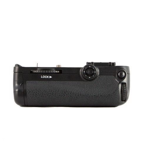 Battery Grip MB-D11 For Nikon D7000 ( cũ )