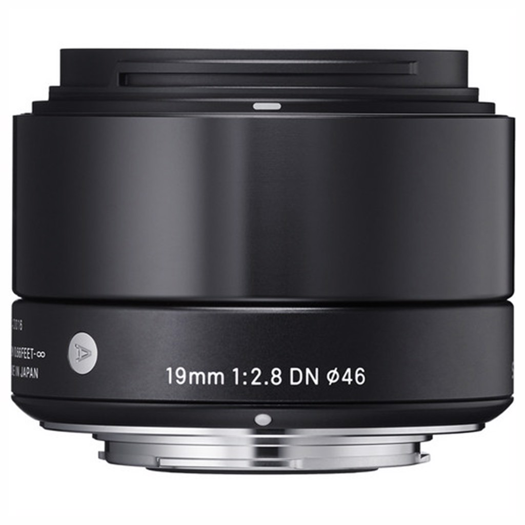 Lens Sigma 19mm f / 2.8 DN for M43