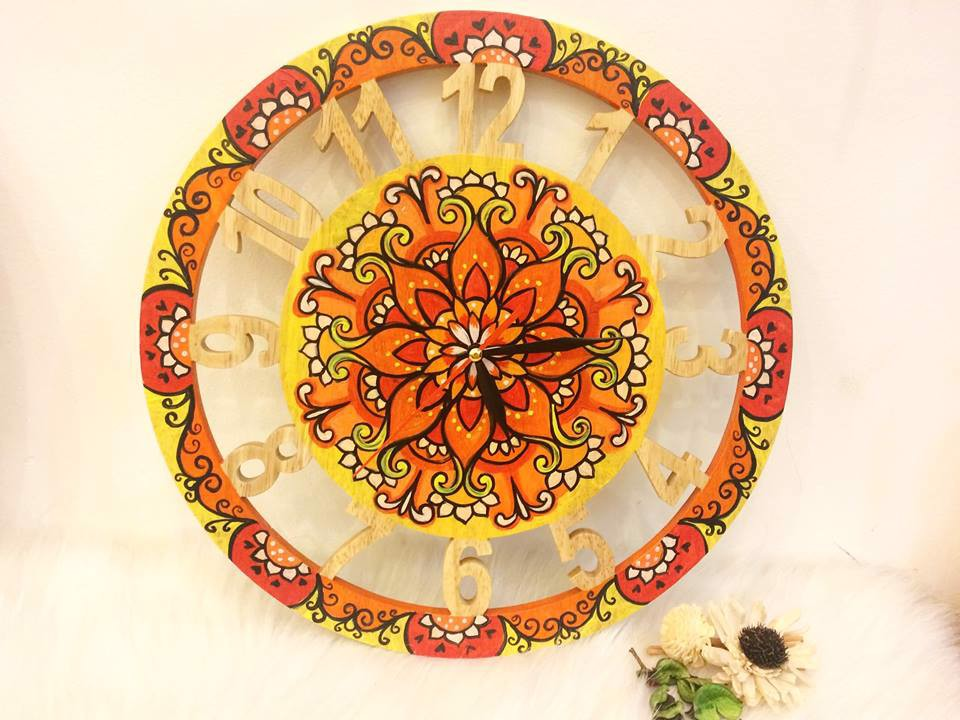 Mandala wall clock2