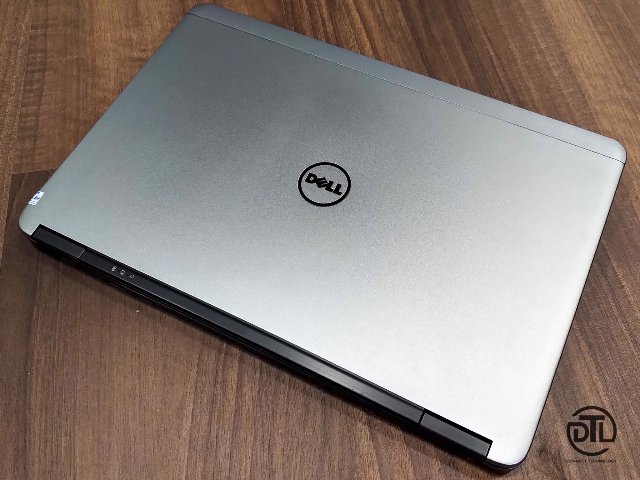 Laptop Cũ Dell Latitude E7440 i5 4300U