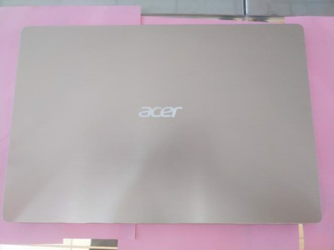 Acer Swift SF315 52 50T9 i5 8250U/8GB/256GB/15.6