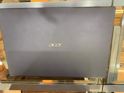 Acer Swift 3 SF314 57 52GB i5 1035G1/8GB/512GB/14