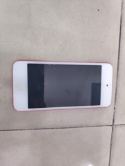Z APPLE IPOD TOUCH A1421
