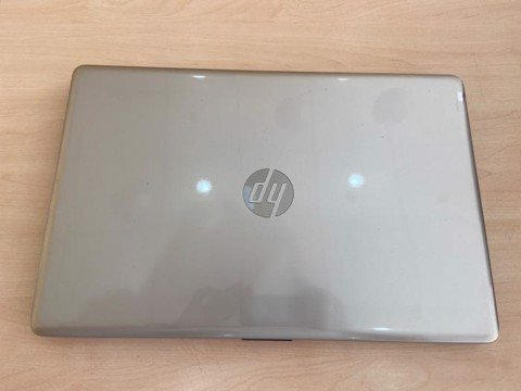 HP 15 da1033TX i7 8565U/4GB/1TB/2GB MX130/15.6