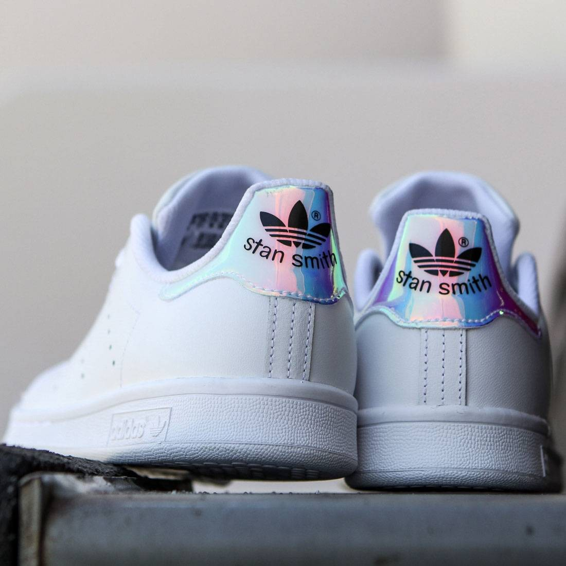 newest collection 718aa 9646a italy adidas stan smith hologram 1d8ff 14ead