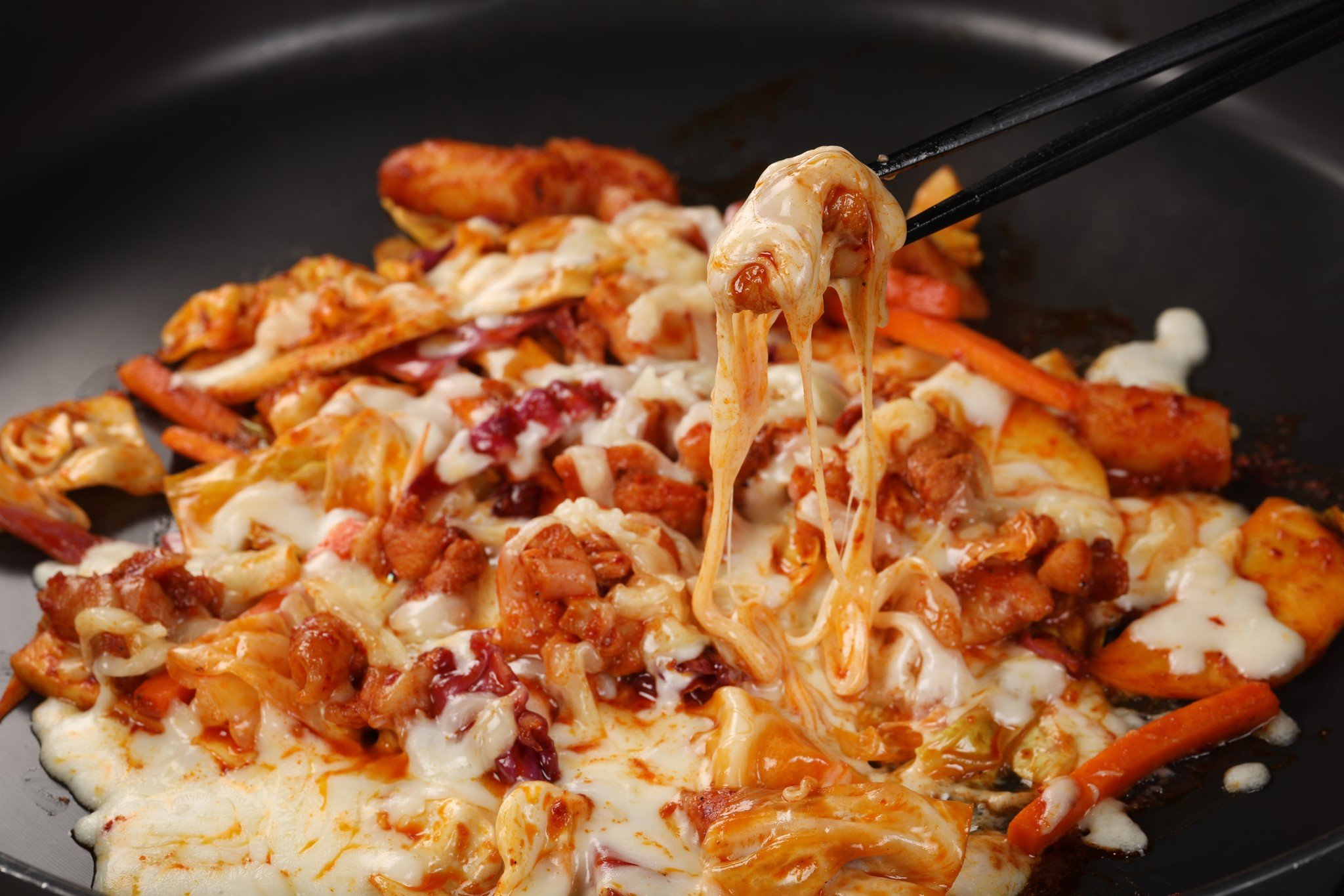Stir-fried Chicken with cabbage and cheese