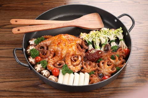 Stir-fried Octopus with red pepper paste