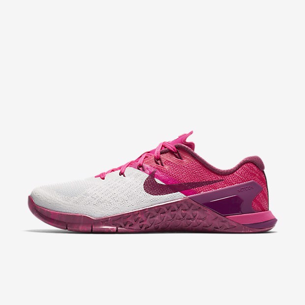 Nike Metcon 3 Pinky Training Shoe