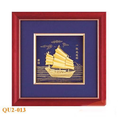 Bức tranh thuyền buồm mạ vàng độc đáo