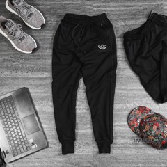DAS Jogger in Black