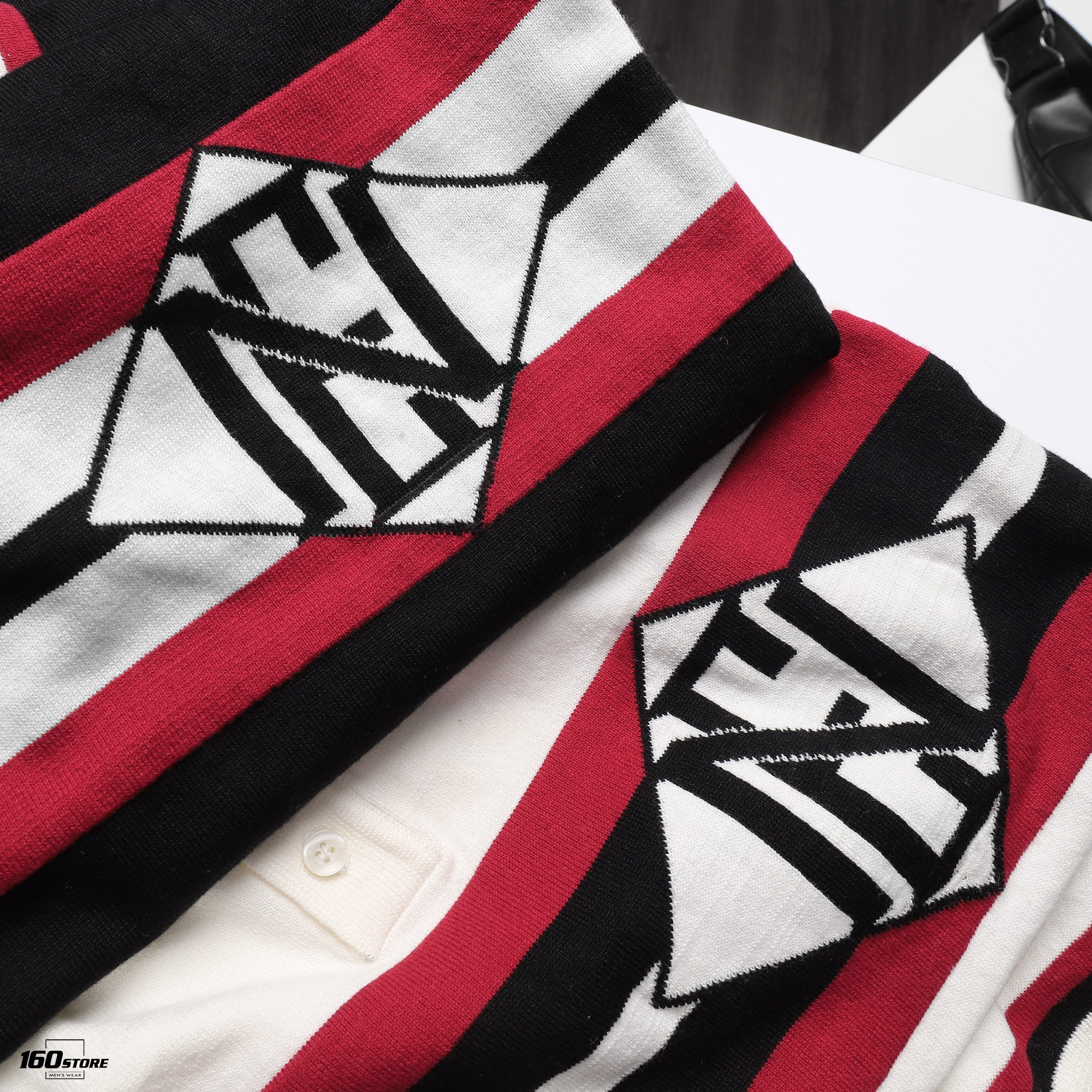 Áo polo len (sweater) NOMOUS ESSENTIALS Striped Logo