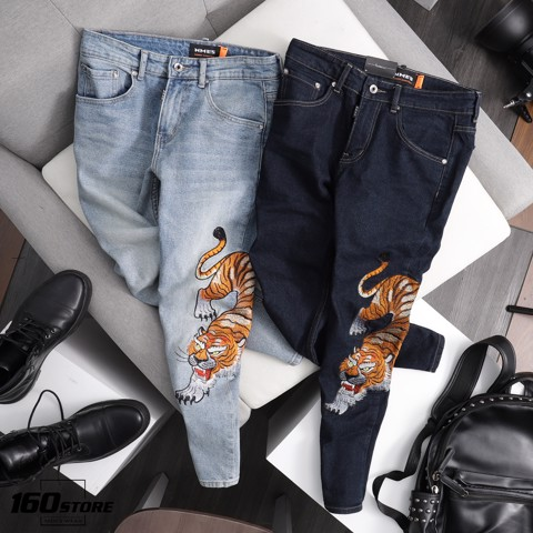 Quần jeans NOMOUS ESSEANTIALS Tiger embroidery