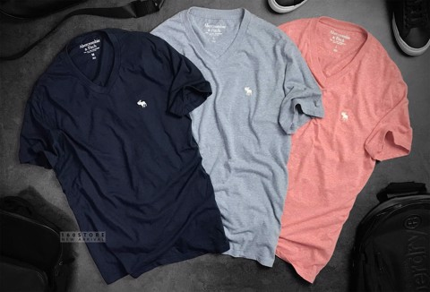 ABER.FITCH V-neck T-shirts