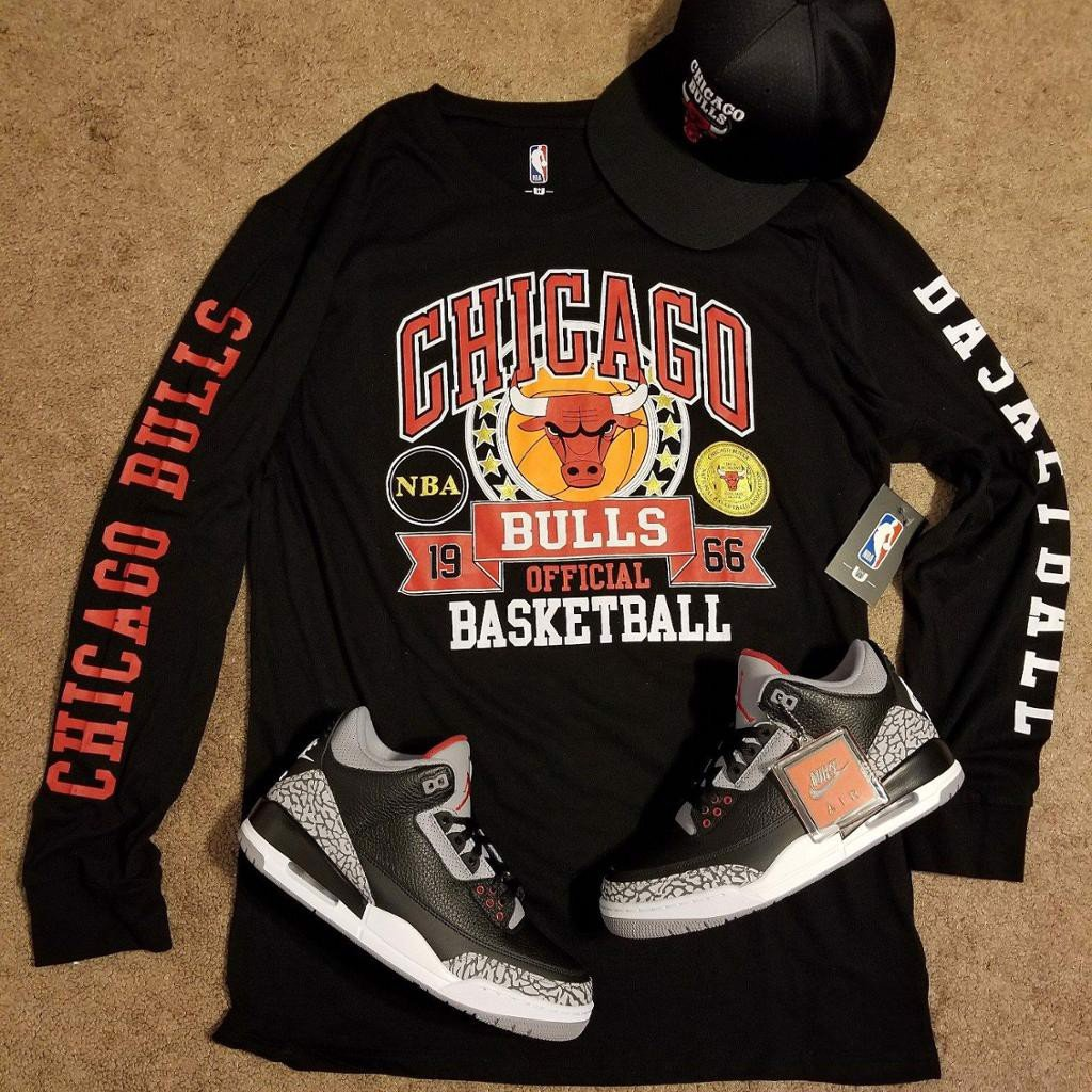 UNK NBA Bulls  Long Sleeve (Black)