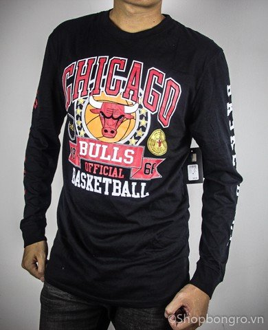Chicago Bulls black Long Sleeve Tee by UNK NBA