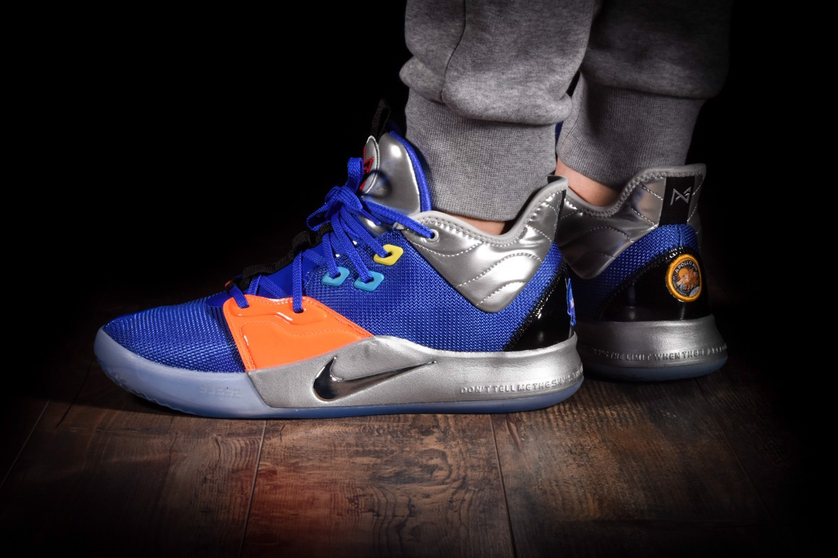 Nike PG 3 Nasa Clippers Blue