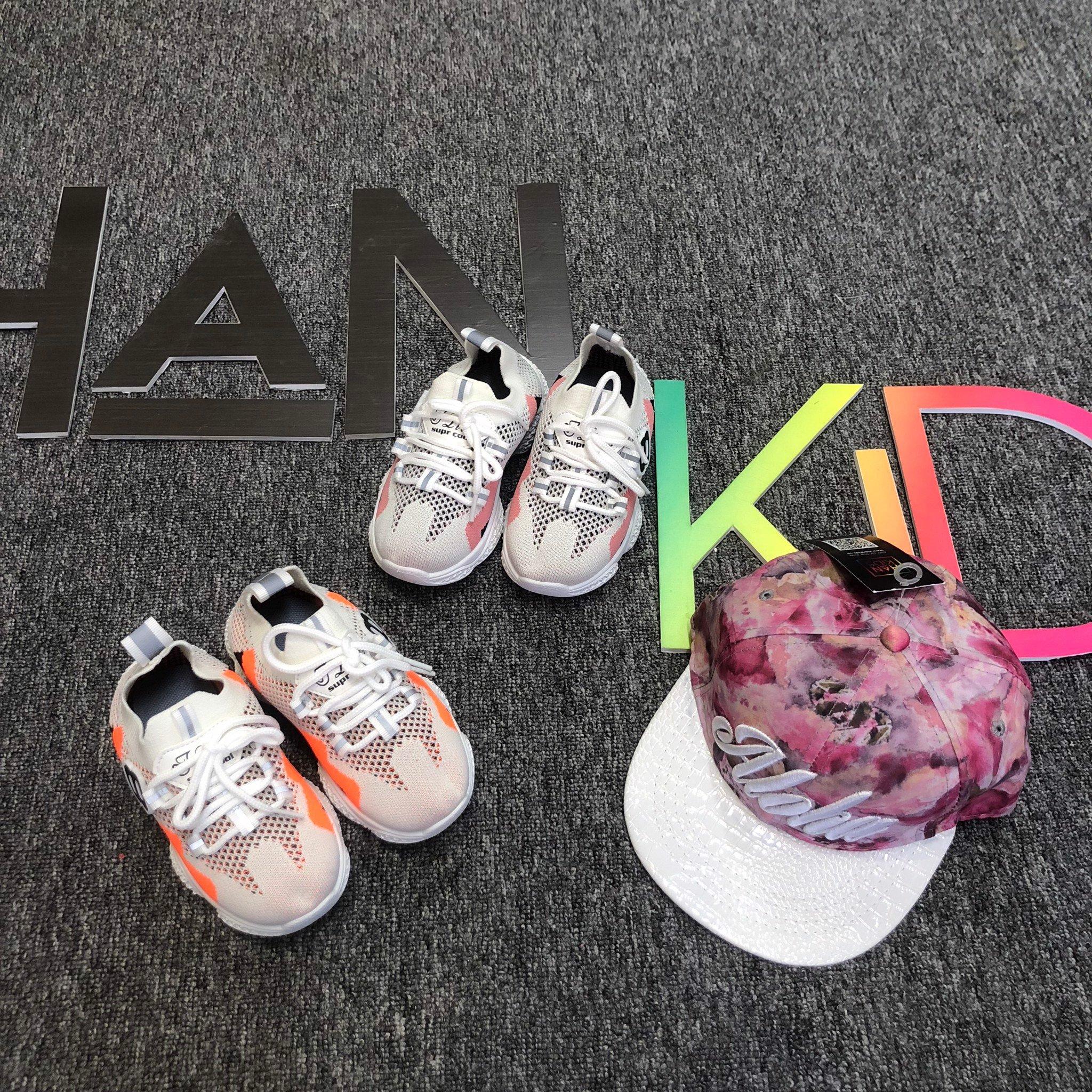 Giày sneaker TLIVE 2 màu