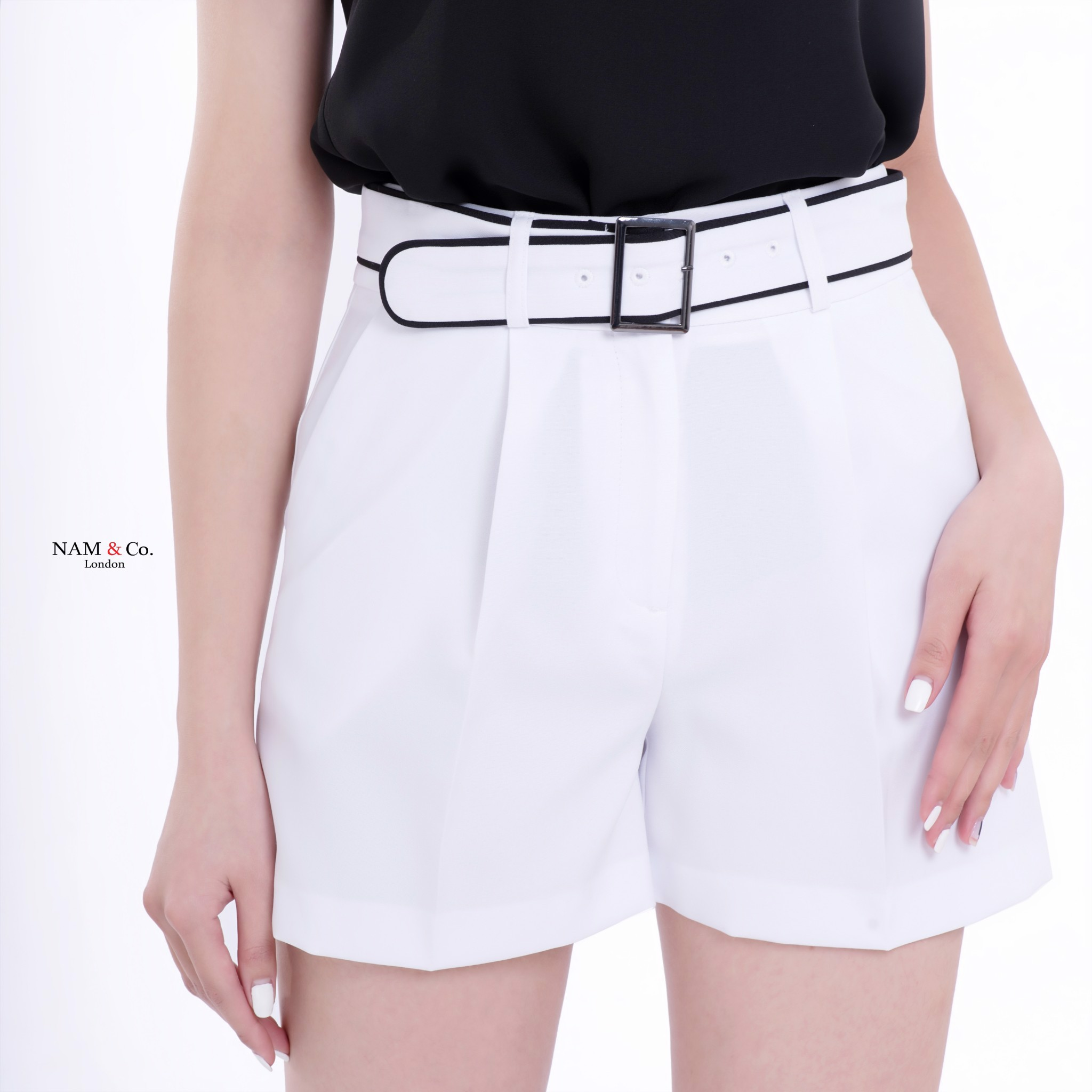 WOMEN SHORTS SGP3976