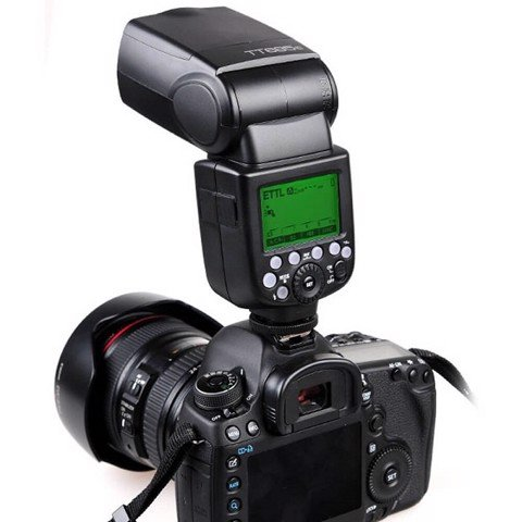 Đèn Flash Godox TT685S