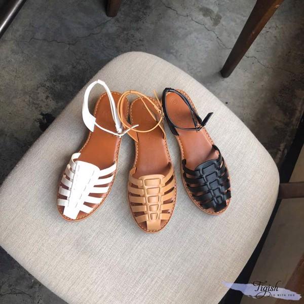 Giày sandal rọ xinh xắn