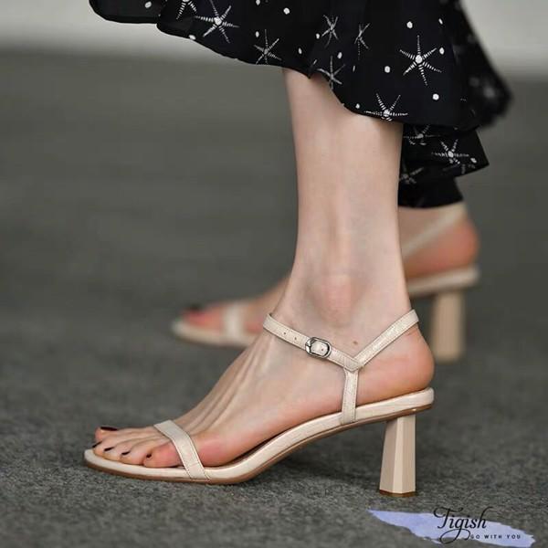 giày sandal tigish kiểu mới cực xinh giá tốt tận gốc